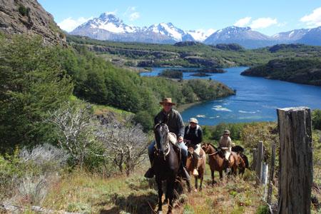 Senderos Patagonia Equestrian Trips